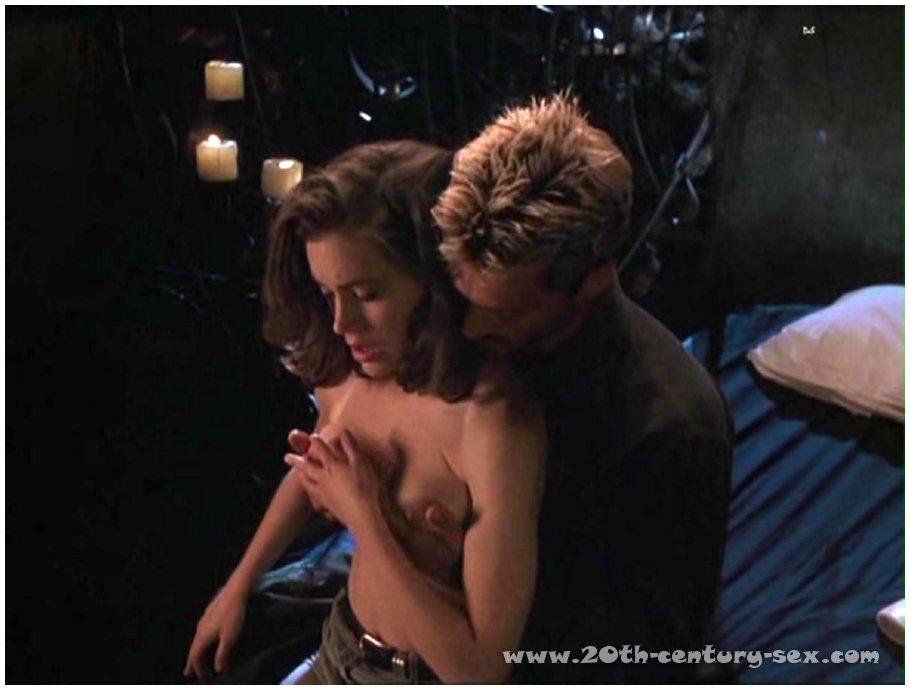 alyssa milano nude video clips № 66313